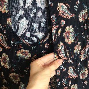Lush Dresses - Lush keyhole flower/paisley short dress